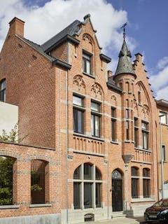 Prachtige herenwoning in centrum Roeselare!