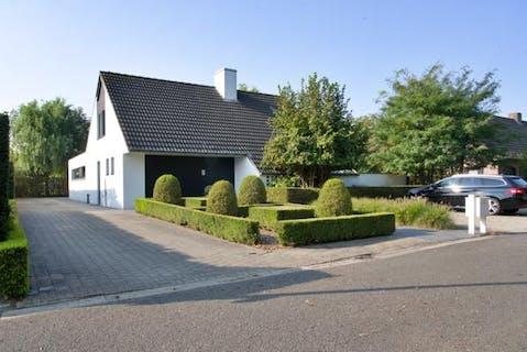 Alleenstaand huis nabij Sterrebos te Roeselare-Rumbeke