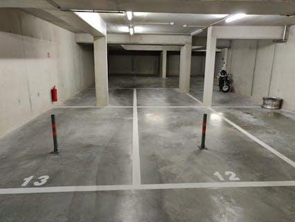 Ondergrondse autostaanplaatsen te koop in het centrum van Loppem