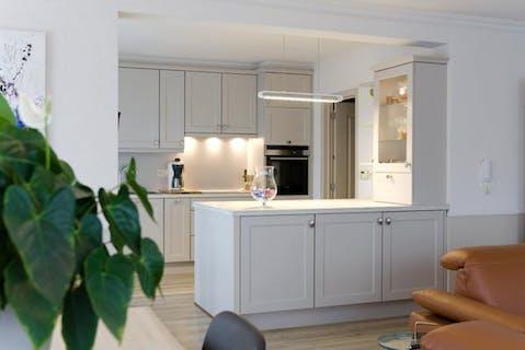 Gerenoveerd 2-slaapkamer appartement te koop in Roeselare