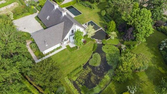 Schitterende, hedendaagse villa in Roeselare.