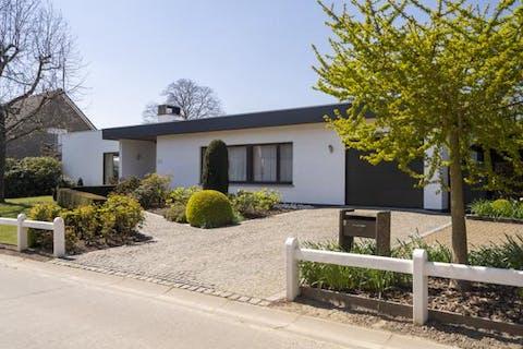 Gelijkvloerse villa met 3 slaapkamers te koop in Oudenaarde