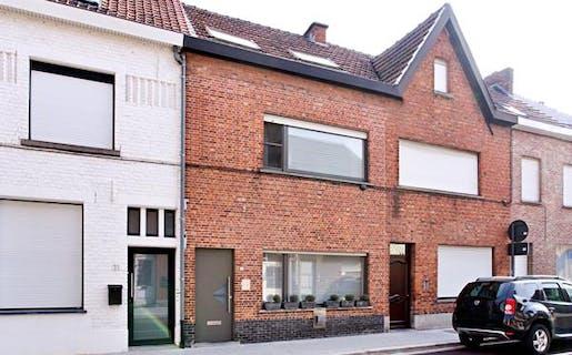Instapklaar huis met 3 slaapkamers te Roeselare