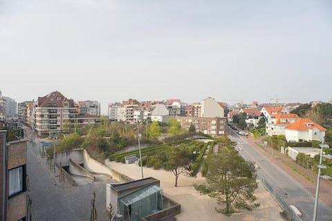 Recent dakappartement op rustige ligging nabij het centrum van Knokke.
