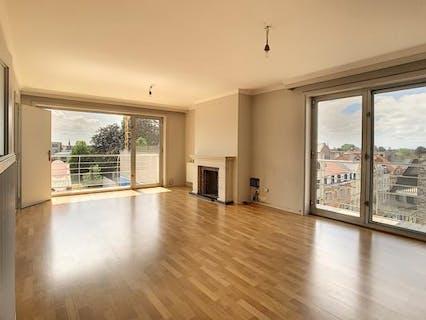 Lichtrijk appartement te koop in het centrum van Roeselare