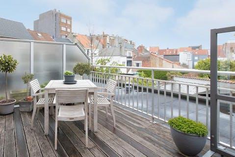 2 slaapkamer appartement met zonnig terras te Oostende