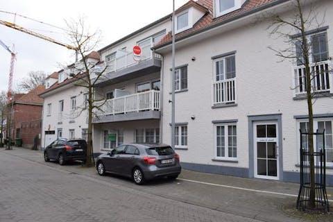 Luxueus duplex-appartement (120m²) in centrum Waregem te huur