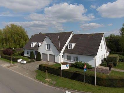 Villa met 4 slaapkamers nabij het centrum van Deinze