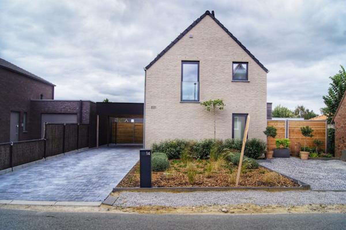 Instapklaar huis met tuin op 627 m² in Passendale