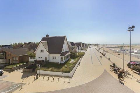 Uitzonderlijke en karaktervolle villa op de zeedijk van Zeebrugge