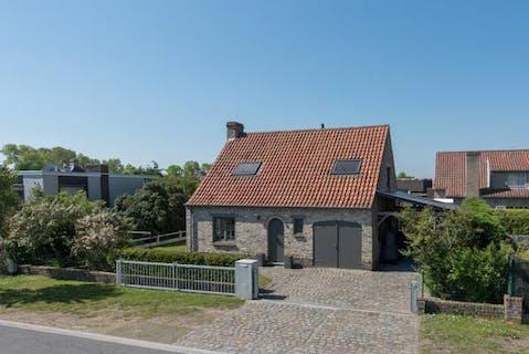 Charming villa with 3 bedrooms for sale in Oostduinkerke (Mariapark)