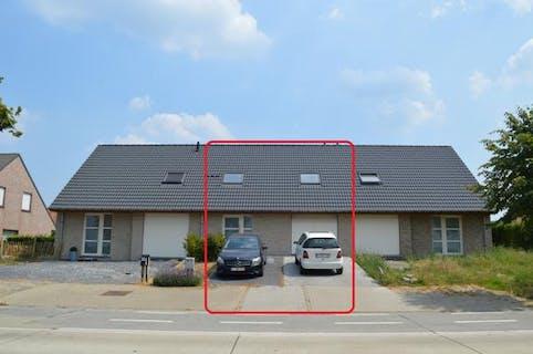 Nieuwbouwwoning met 3 kamers, tuin en garage!
