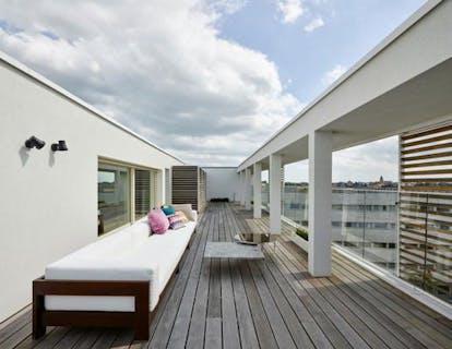 Exclusief design penthouse in centrum Roeselare met fenomenaal terras.