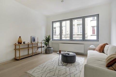 Gerenoveerd appartement met terras te koop te Antwerpen