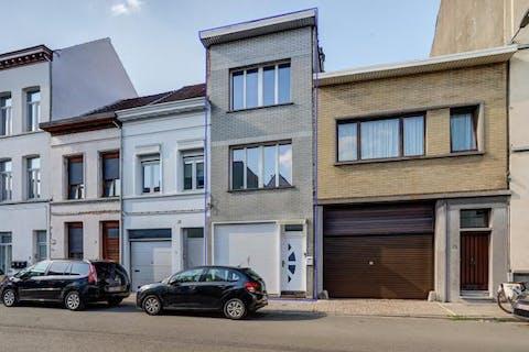 Ruime woning in rustige straat in Borgerhout