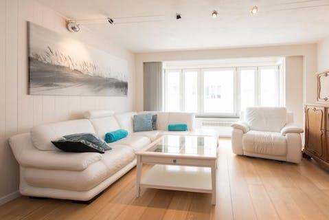 Appartement met zijdelings zeezicht te Oostende