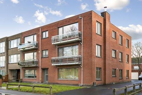 Appartement (1ste verdieping) met 3 slaapkamers en garagebox te Sint-Kruis (Brugge)