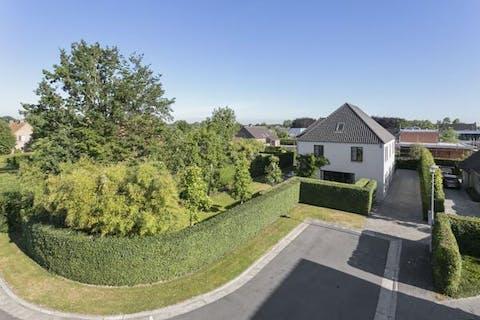 Lichtrijke en ruime villa in Ten Ede met high-end afwerking!