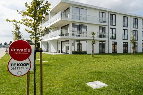 Ruim appartement met 2 slaapkamers te koop te Harelbeke