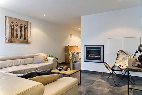 Volledig instapklaar huis te koop in hartje Roeselare met 4 slaapkamers.