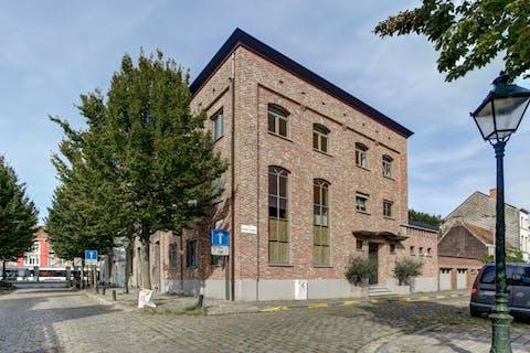 Karaktervolle herenwoonst op een toplocatie in Gent