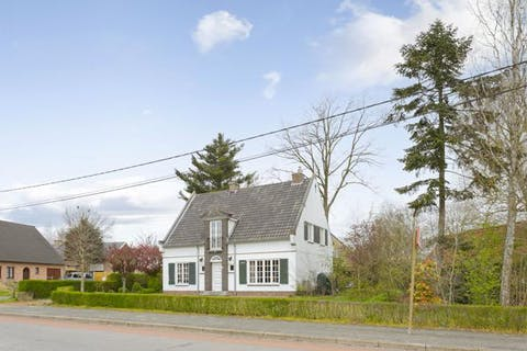 Te renoveren huis in centrum Aalter te koop