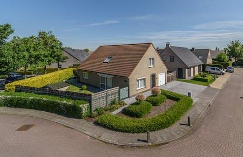 Rustig gelegen villa op 512 m² met 3 slaapkamers te koop in Lo-reninge