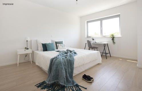 Zeer mooi instap klaar 1 slaapkamer appartement met gezellig terras.