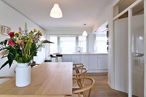 Instapklaar huis met 3 slaapkamers, tuin en garage te Roeselare