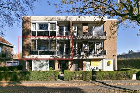 Ruim appartement (108m²) langs de Maalse Steenweg te Sint-Kruis