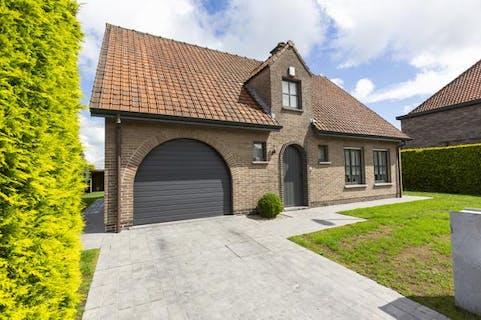 Alleenstaand huis te koop op 634 m² in Zulte
