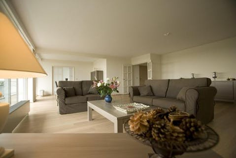 ROOSEVELT | Beautiful and bright apartment with 2 bedrooms !
