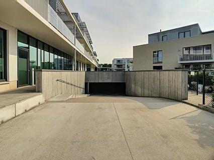 Ondergrondse autostaanplaats te huur te Sint-Michiels