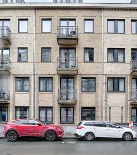 Appartement meublé avec 2 chambres à vendre à Etterbeek