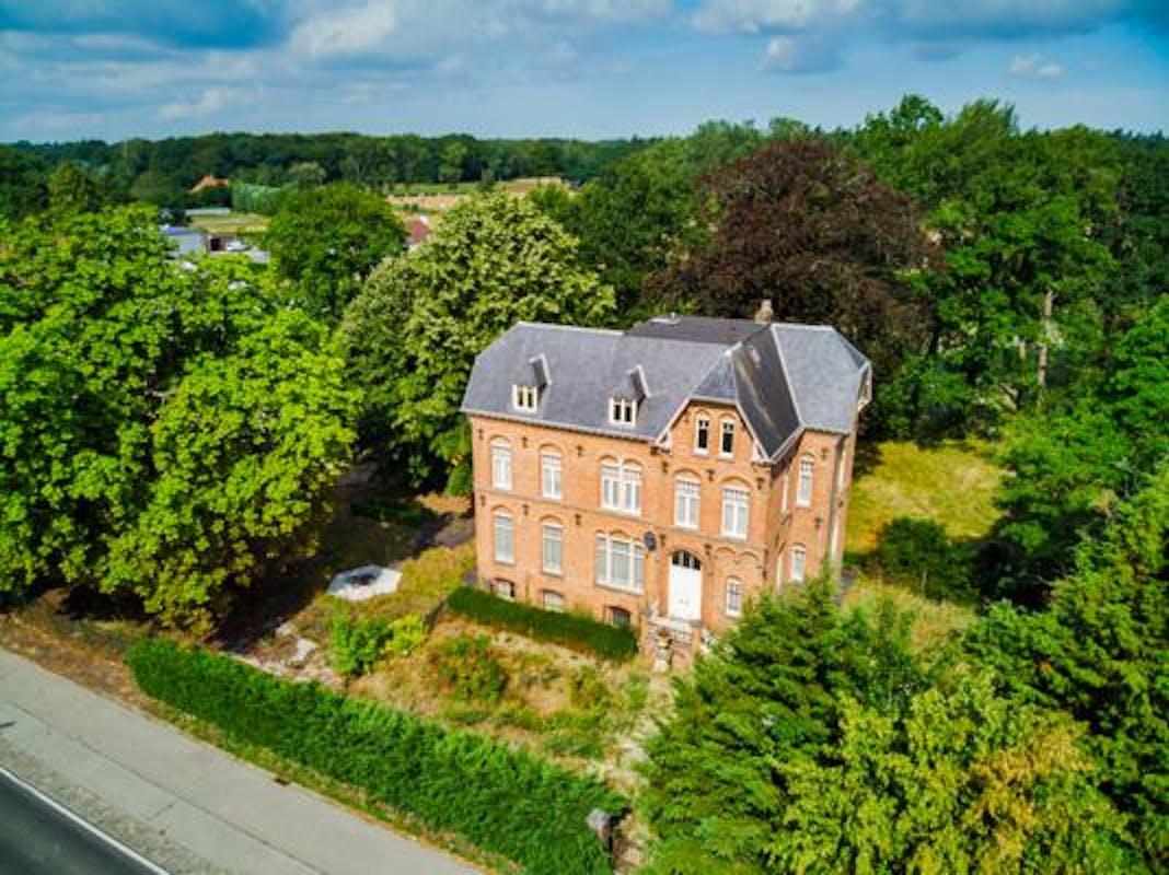 Exclusief landhuis te koop in Loppem
