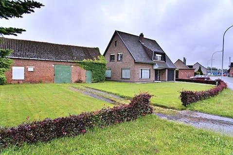 Alleenstaande woning nabij centrum Rumbeke-Roeselare