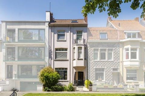 Instapklare burgerwoning te koop te Kortrijk