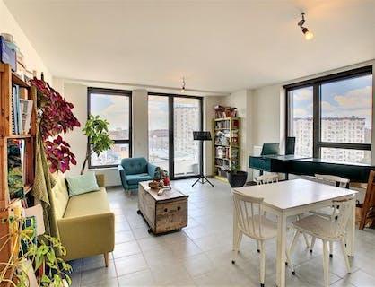 Appartement Neuf au 7ième étage 1 chambre à coucher.