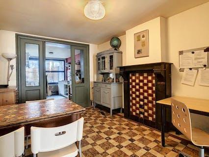 1 Bedroom apartment for rent in Schaerbeek.