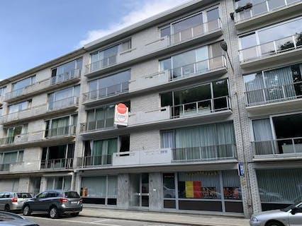 Appartement met garage te Deurne nabij Ruggeveldlaan