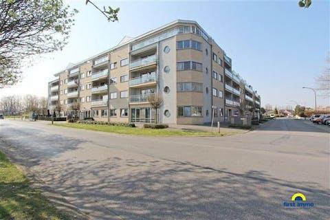 Residentie De Schalk, een multifunctionele nieuwe woonvorm, voorzien van alle modern comfort . Zeer centrale ligging nabij A12, maar toch rustig gelegen.
