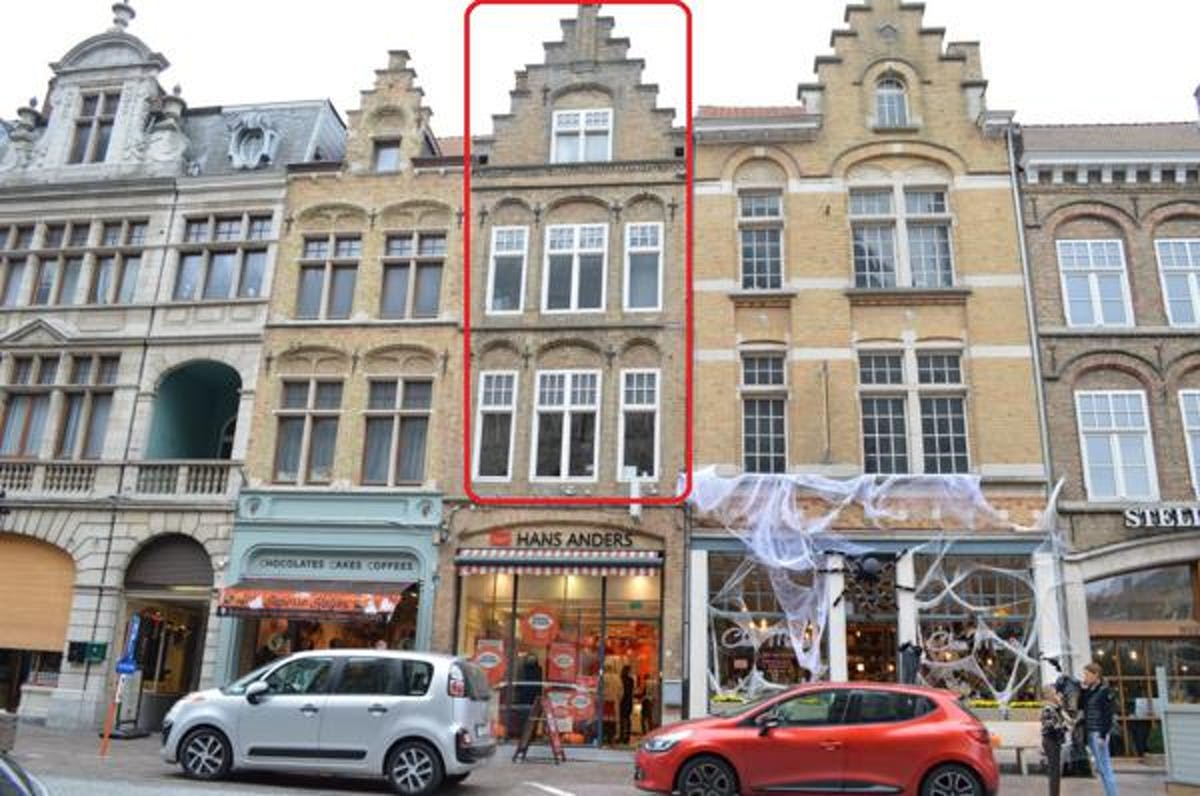 Ruime woning met 3 slaapkamers en terras nabij de Grote Markt