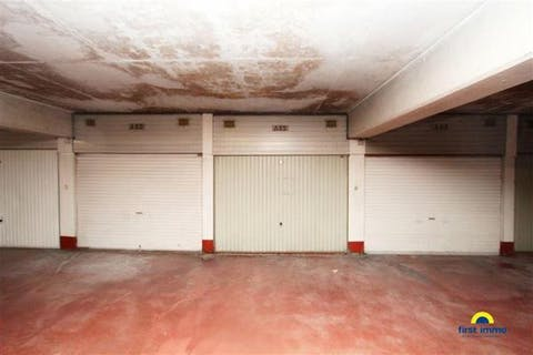 Gesloten garagebox A89 te Turnhoutsebaan 461 in Borgerhout