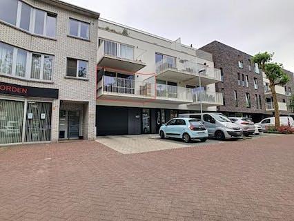 Ruim appartement met 2 slaapkamers te huur in centrum Wuustwezel