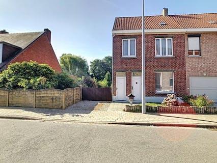 Huis met 4 slaapkamers nabij centrum Rumbeke-Roeselare