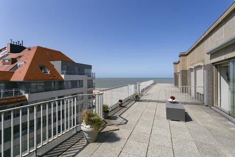 Vennootschap te koop met subliem penthouse in 't Zoute