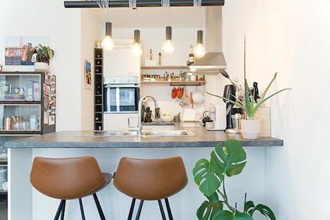 Hedendaags appartement met ruim terras te koop vlakbij het station van Brugge