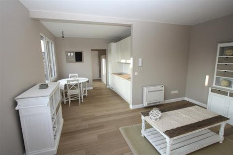 Cozy apartment for sale in the Sint-Andrieswijk in Antwerp.