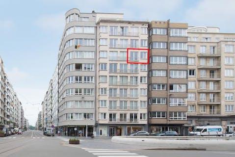 Appartement met 2 slaapkamers te koop te Oostende