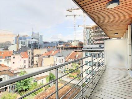 Moderne studio met ruim terras gelegen in centrum Brussel